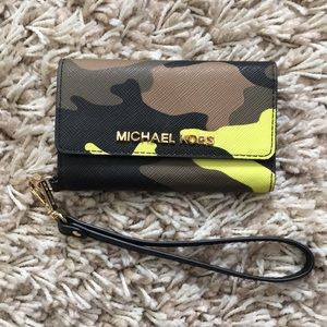 Camo Michael Kors iPhone wristlet/Wallet